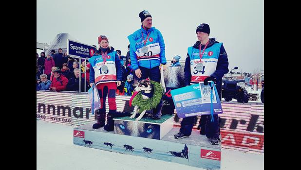 Petter Karlson of Sweden won the Finnmarkslopet with Norwegian Brigitte Naess finishing in second place and Dallas Seavey in third place.